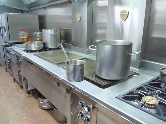 frybe-instalaciones-equipos-de-coccion-4_image-06196